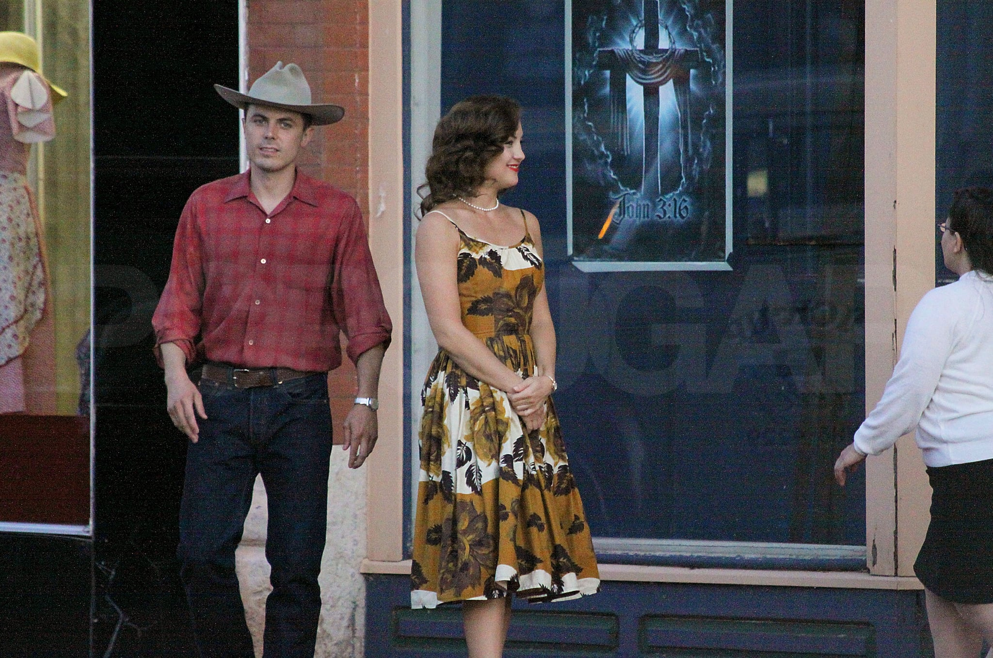 Photos of Kate Hudson at Yankee Stadium and on the Set of The Killer Inside Me in Oklahoma