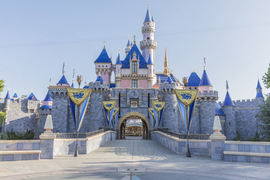 Best Places to Eat at Disneyland With Kids