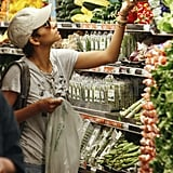 Halle Berry picked up peppers.