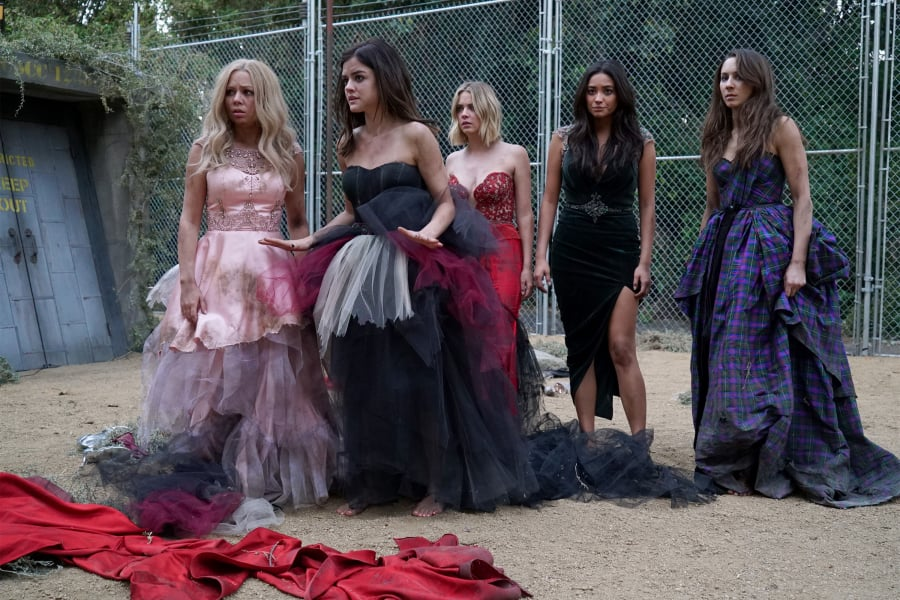 The girls (Janel Parrish, Lucy Hale, Ashley Benson, Shay Mitchell, and Troian Bellisario) are stuck in a personal prison.