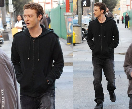Photos of Justin Timberlake on the Set of The Social Network 2009-12-04 09:07:25