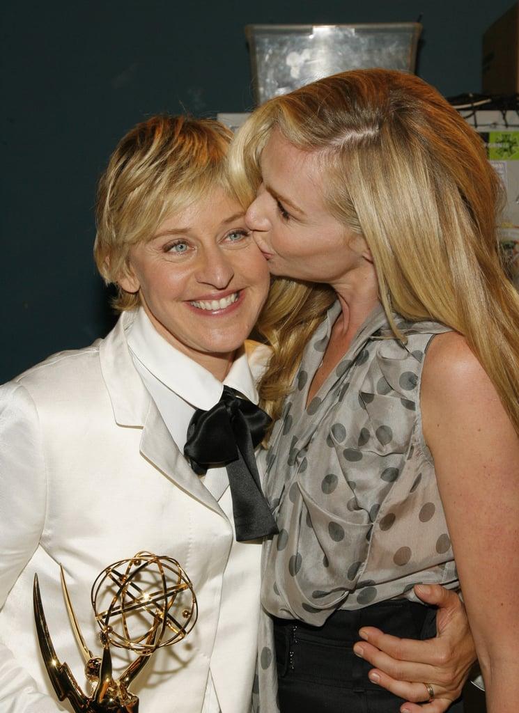 Portia De Rossi Wedding Kiss.Portia De Rossi Kissed Ellen Degeneres After Her Emmy Win In