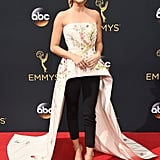Sarah Hyland Monique Lhuillier Outfit at the Emmys 2016