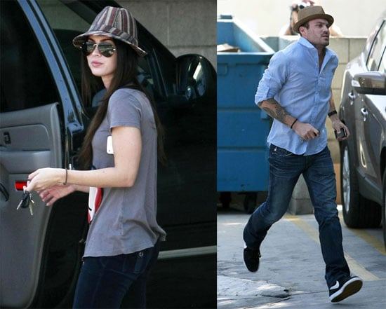 Photos of Megan Fox and Brian Austin Green at The Vets Office 2009-10-09 10:26:40
