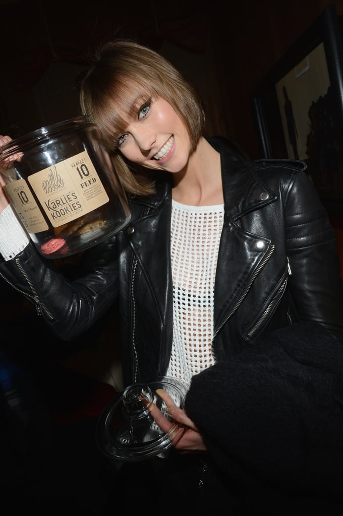 Karlie Kloss Passes Out Her Kookies