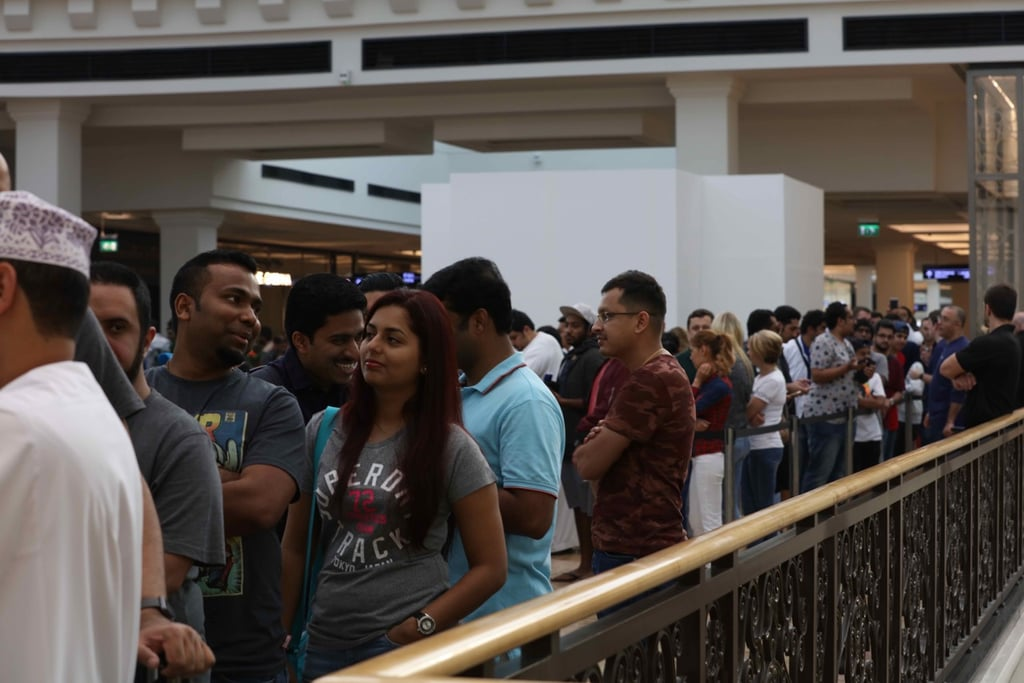 iPhone 7 Launch at Apple Store Mall of the Emirates Dubai | POPSUGAR
