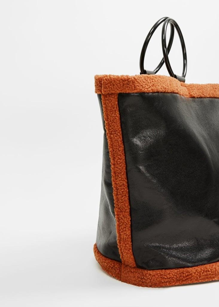 contrast faux shearling shopper bag