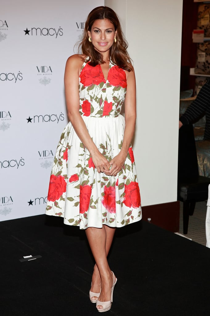 Even back in 2009, Eva followed her fabulous fashion formula. At an event at Macy's, the actress sported a vintage-inspired rose-print halter dress with white peep-toe slingbacks, creating a chic, ladylike look perfect for Summer.