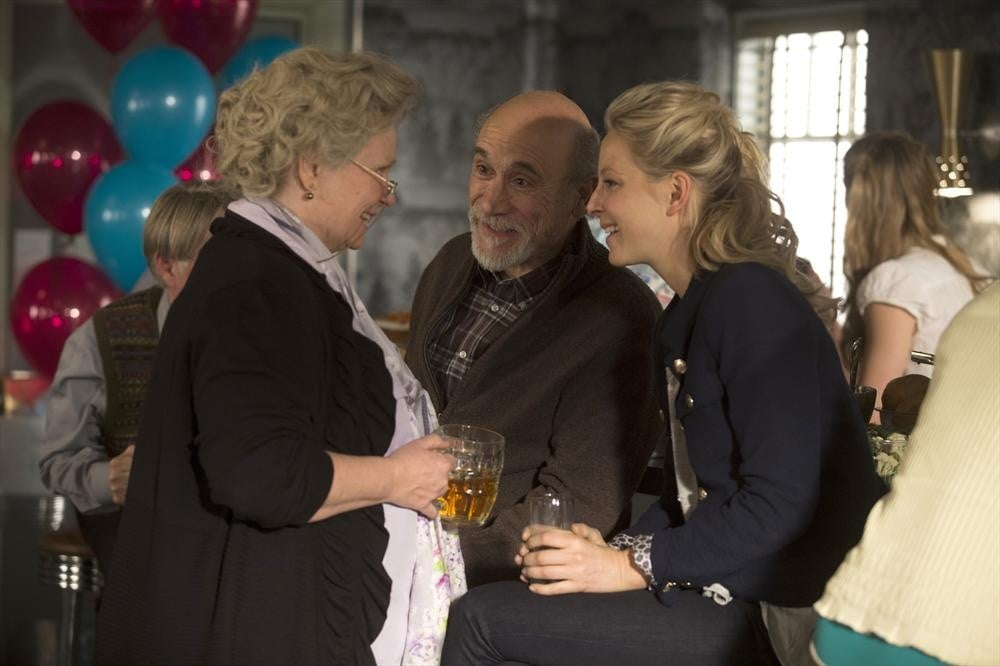 Granny (Beverley Elliott), Geppetto (Tony Amendola), and Kathryn (Anastasia Griffith) on the finale.
