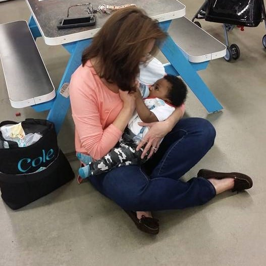 Old Navy Employee Held Baby While Mom Shopped