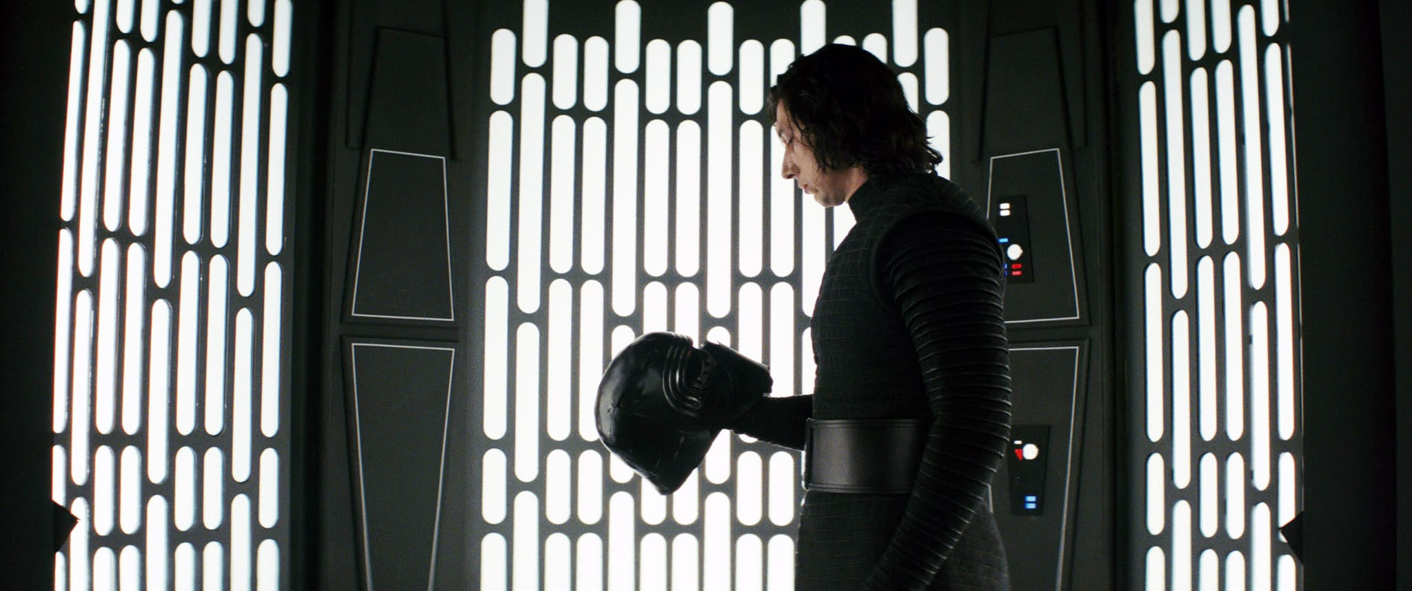 Kylo Ren From Star Wars The Rise Of Skywalker From The Schuyler Sisters To Schitt S Creek Here Are 2020 S Hottest Halloween Costume Ideas Popsugar Entertainment Photo 68