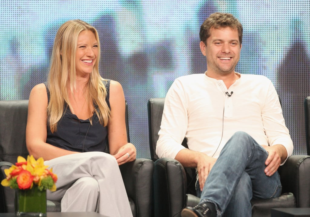 Anna Torv and Joshua Jackson talked Fringe.