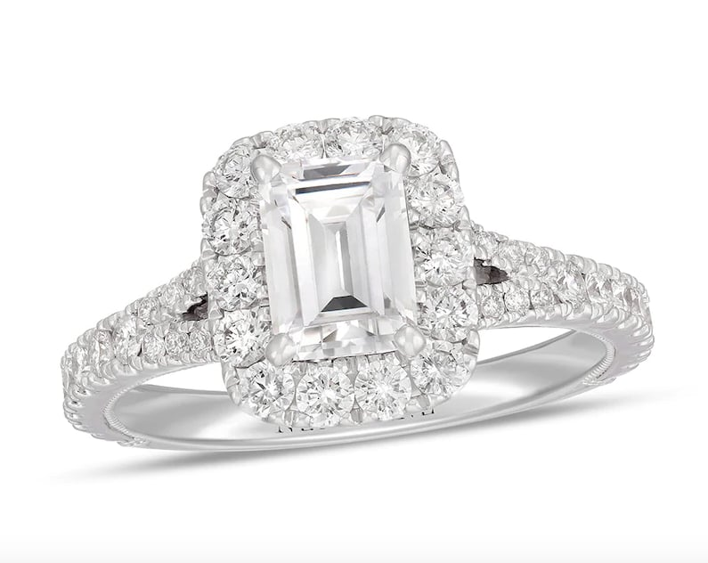 Neil Lane Diamond Engagement Ring Ever Wondered What Beyonce S Engagement Ring Looks Like It S Fit For A Queen Of Course Popsugar Fashion Photo 20