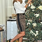 Heidi Klum decorated a Christmas tree with a necklace from her collection.