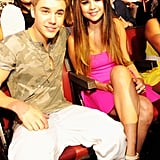 Justin Bieber and Selena Gomez sat together at the 2012 Teen Choice Awards.