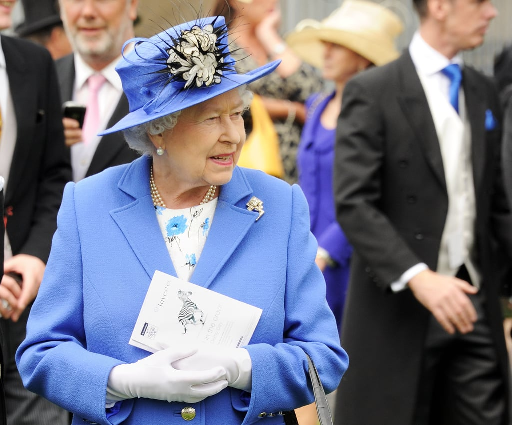 The queen wore royal blue at the Diamond Jubilee Derby.