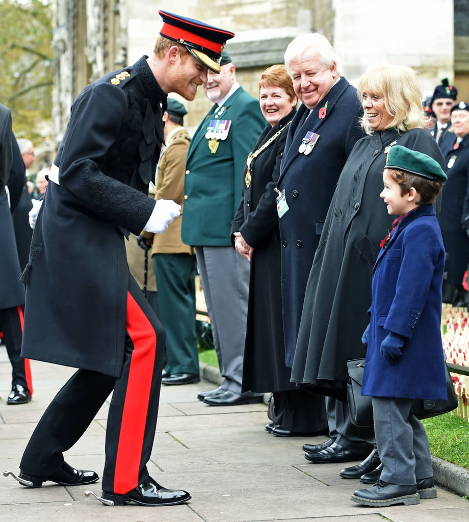 Prince-Harry-goofed-around-young-fan-while-he-visited.jpg