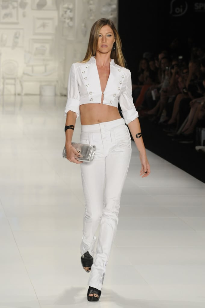 Gisele Bündchen on the Colcci Runway at São Paulo Fashion Week Winter 2009