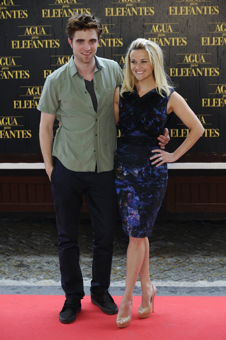 Robert Pattinson and Reese Witherspoon Bring More Hot Agua to Barcelona