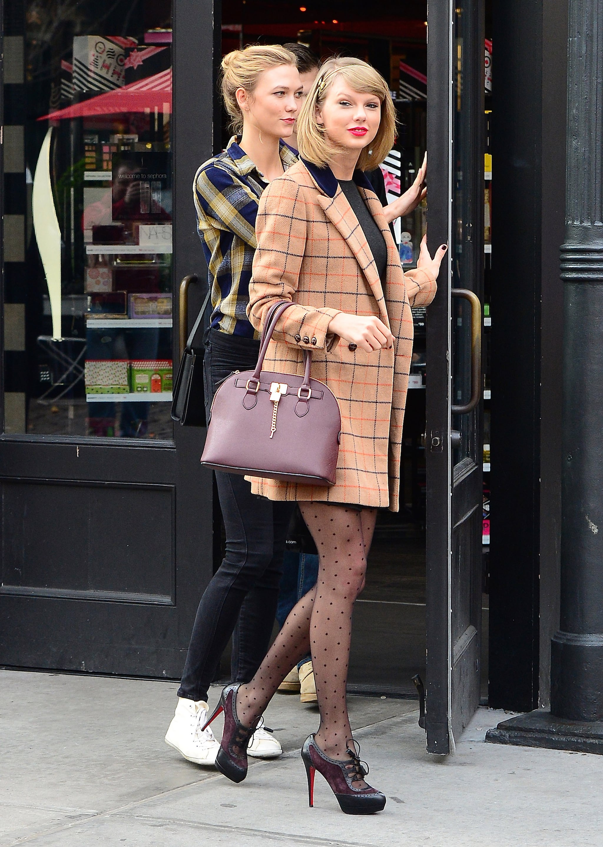 Taylor Swift S Aldo Bag Popsugar Fashion
