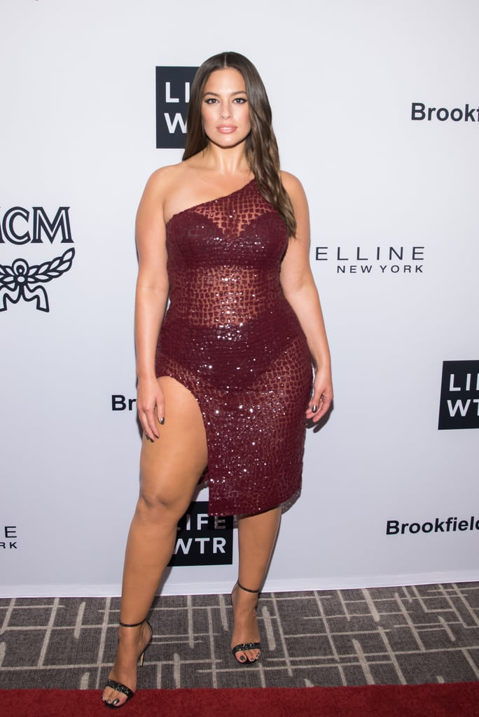 She Looked Ridiculously Sexy in This Michael Kors Collection Number