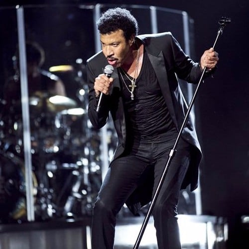 Lionel Richie Yasalam Performer At Abu Dhabi Grand Prix