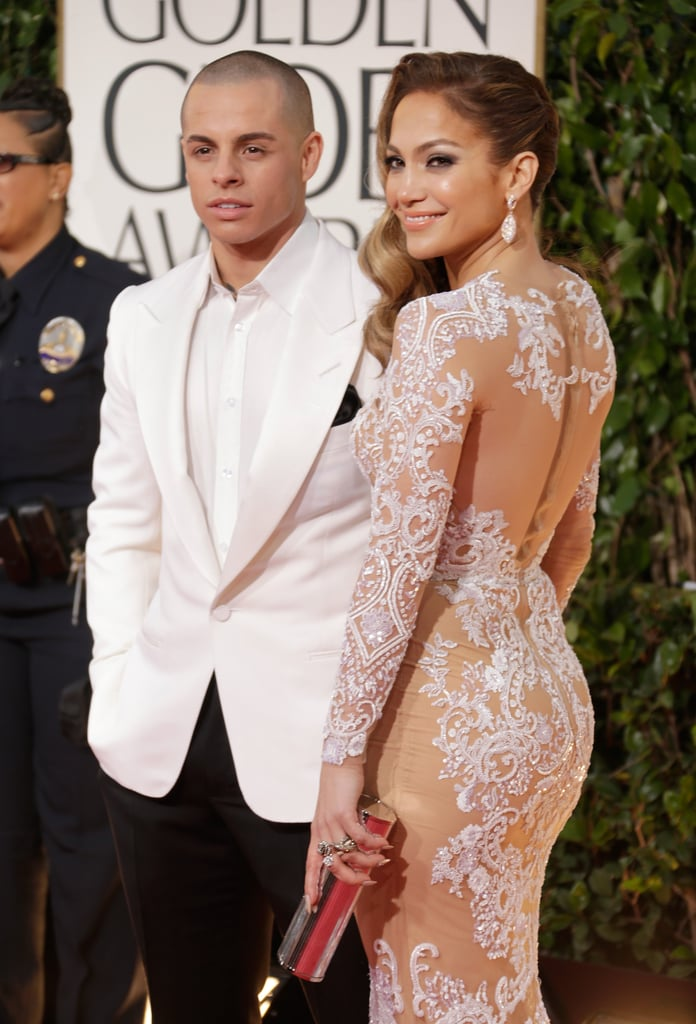 Jennifer Lopez posed with her boyfriend on the red carpet.