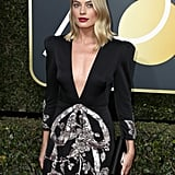 Margot Robbie Wearing Gucci Dress at 2018 Golden Globes