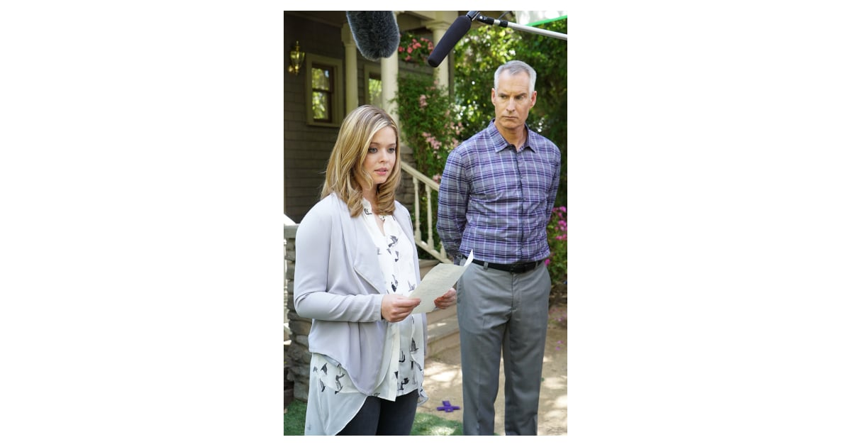 Her dad (Jim Abele) stands by. | Pretty Little Liars Season 6 ...