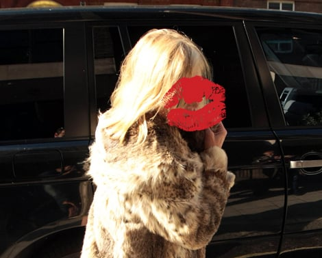 Which British Blonde Supermodel With Blonde Newly Chopped Hair is in London? Celebrity Photo Quiz.