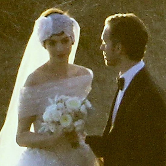 Anne Hathaway Engaged Celebrity Save The Dateanne: Anne Hathaway And Adam Shulman Wedding Details (Video