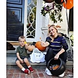 The actress and her son, Tennessee, waited outside for trick-or-treaters on Halloween in 2015.