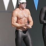 Zac Efron Taking a Swimming Class in LA Pictures