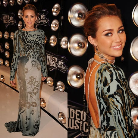 Miley Cyrus at 2011 MTV VMAs 2011-08-28 18:52:19