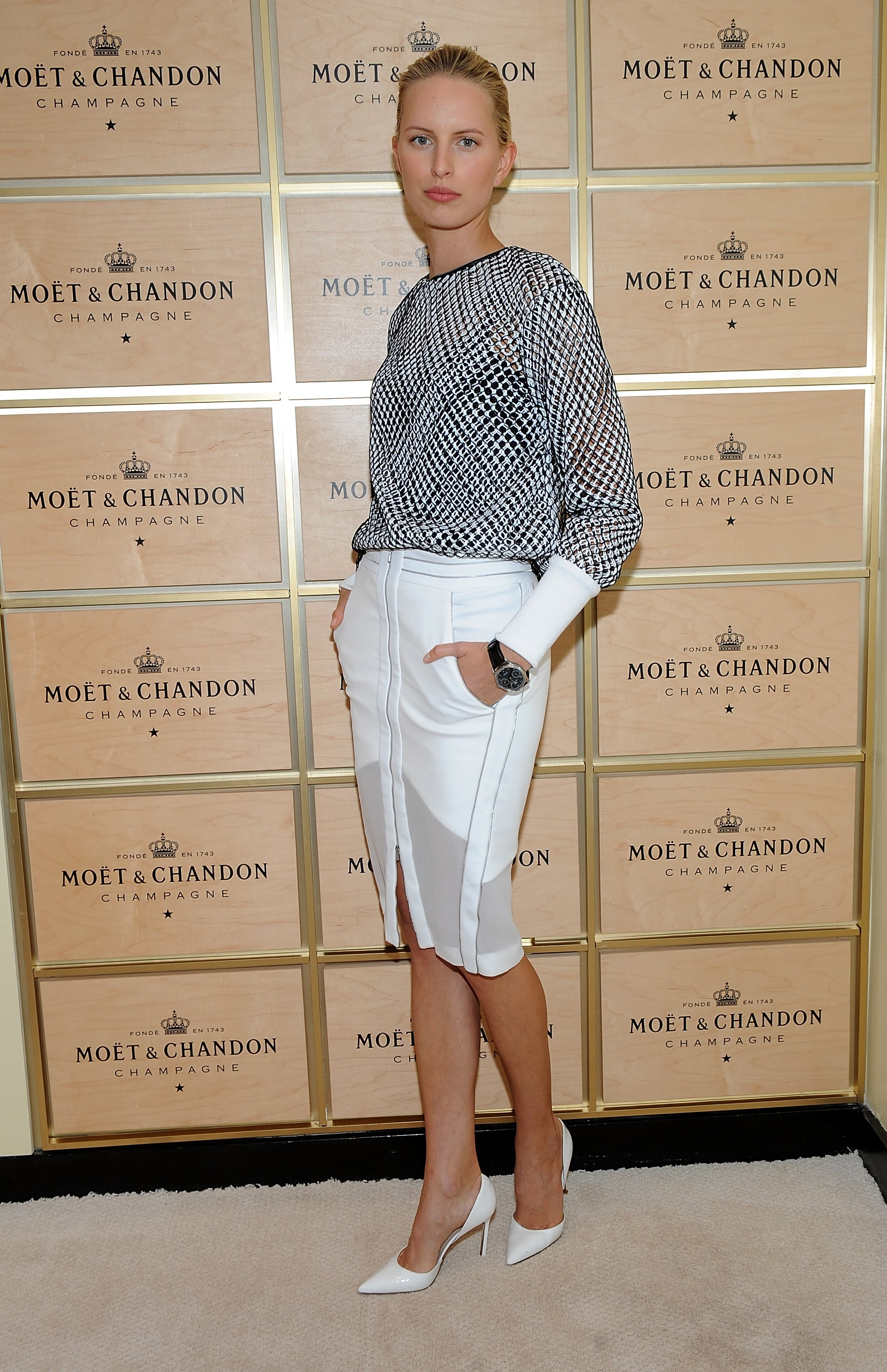 Karolina Kurkova was decked out to take in the matches on day 13.