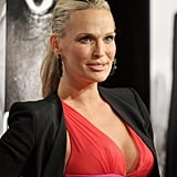 Molly Sims was pregnant on the red carpet.
