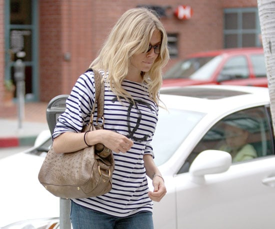 Photo Slide of Sienna Miller Heading to a LA Salon