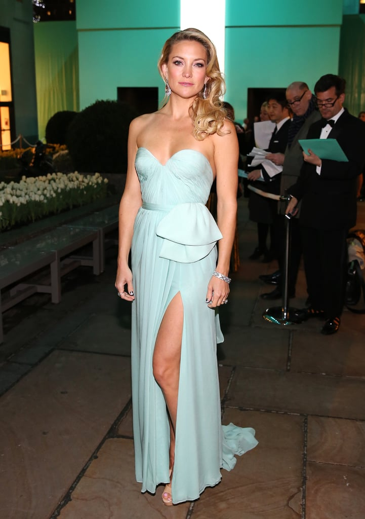 The pastel blue Reem Acra gown Kate Hudson donned at the Tiffany ...