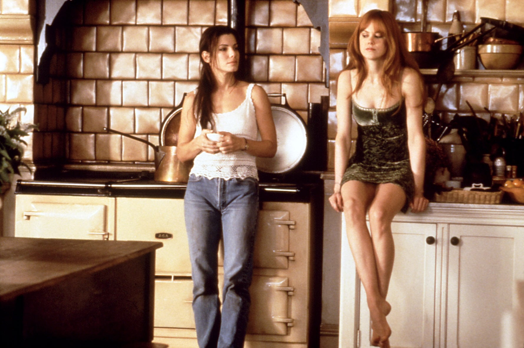 PRACTICAL MAGIC, Sandra Bullock, Nicole Kidman, 1998
