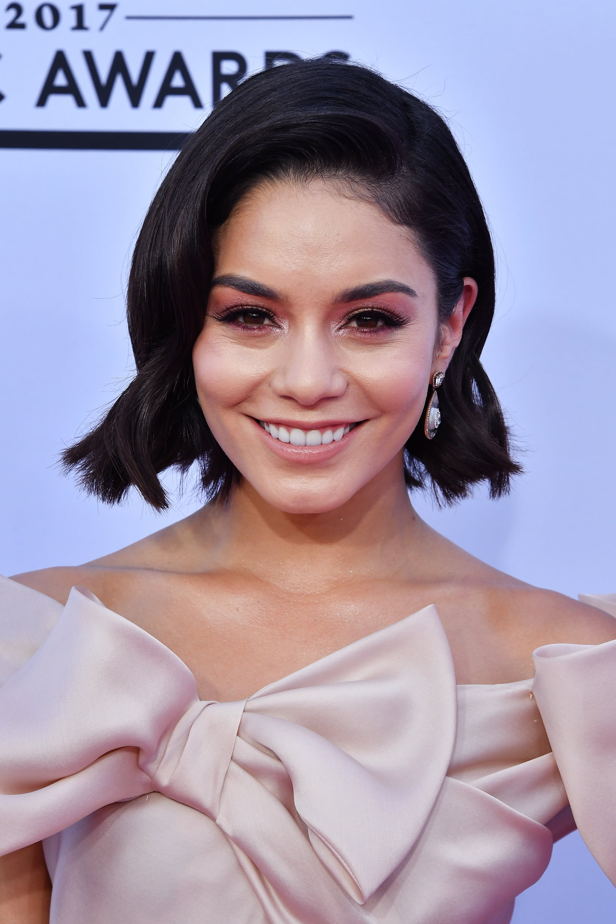 Vanessa Hudgens Hair And Makeup At The 2017 Billboard
