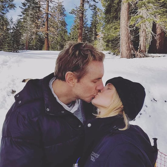Kristen Bell Kissing Dax Shepard Instagram Picture Dec. 2016
