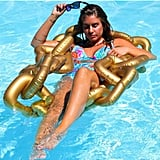 The Fowndry Gold Chain Pool Float