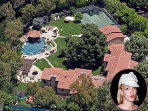 Britney is Selling her Mansion