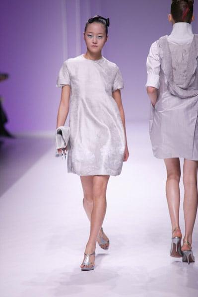 Paris Fashion Week: Shiatzy Chen Spring 2009