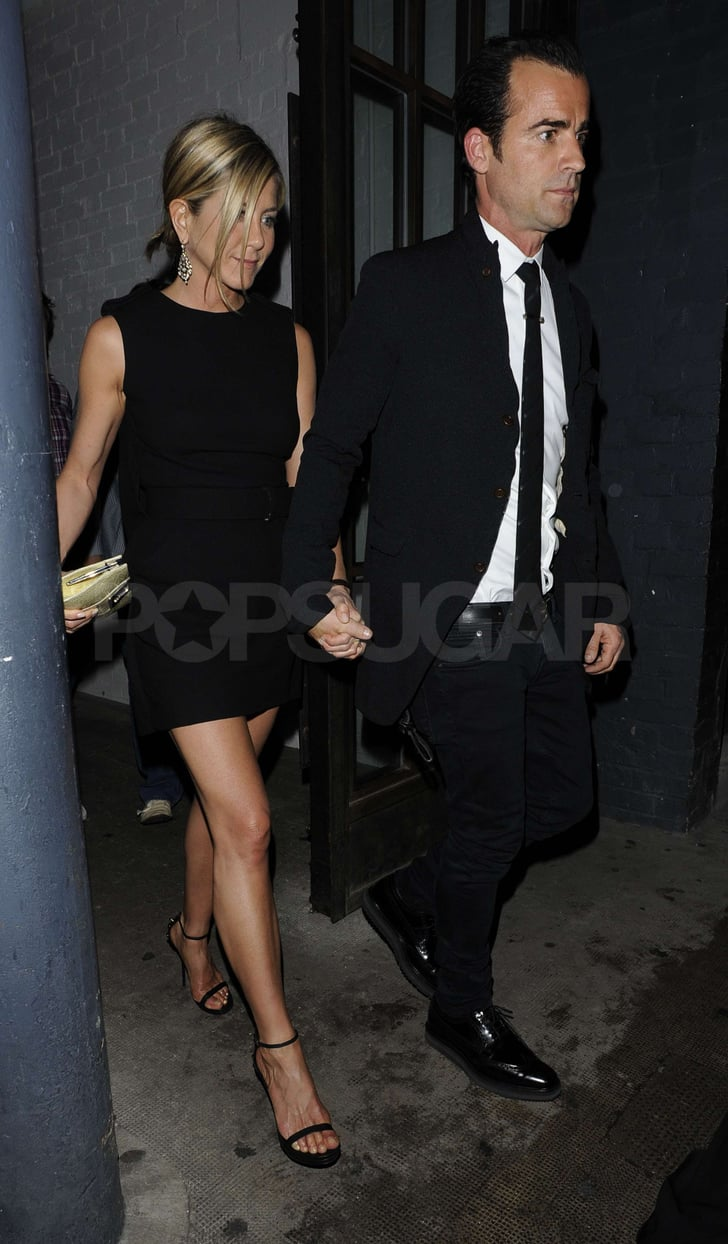 Jennifer and Justin showed a little PDA with their hand holding.