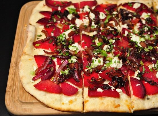Beet and Goat Cheese Pizza With Arugula Pesto