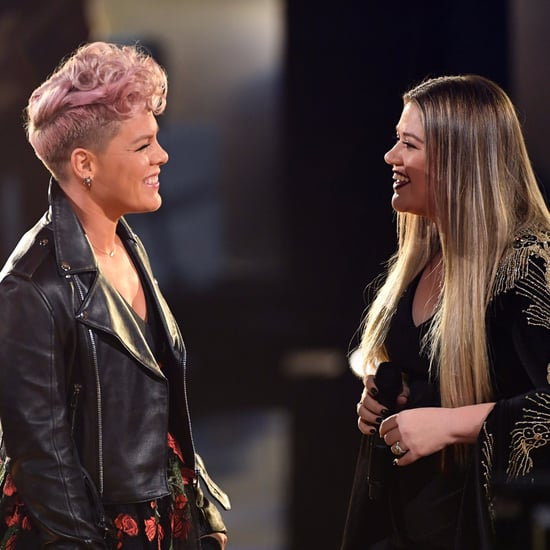 "Pink and Kelly Clarkson ""Everybody Hurts"" Cover at 2017 AMAs"