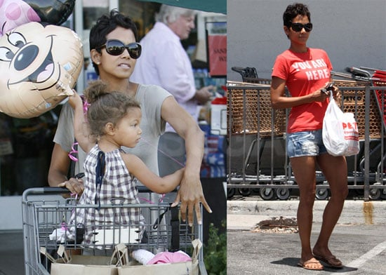 Pictures of Halle Berry and Nahla at the Grocery Store With a Minnie Mouse Balloon