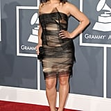 Pictures of Ladies on the 2011 Grammys Red Carpet 2011-02-13 17:59:42