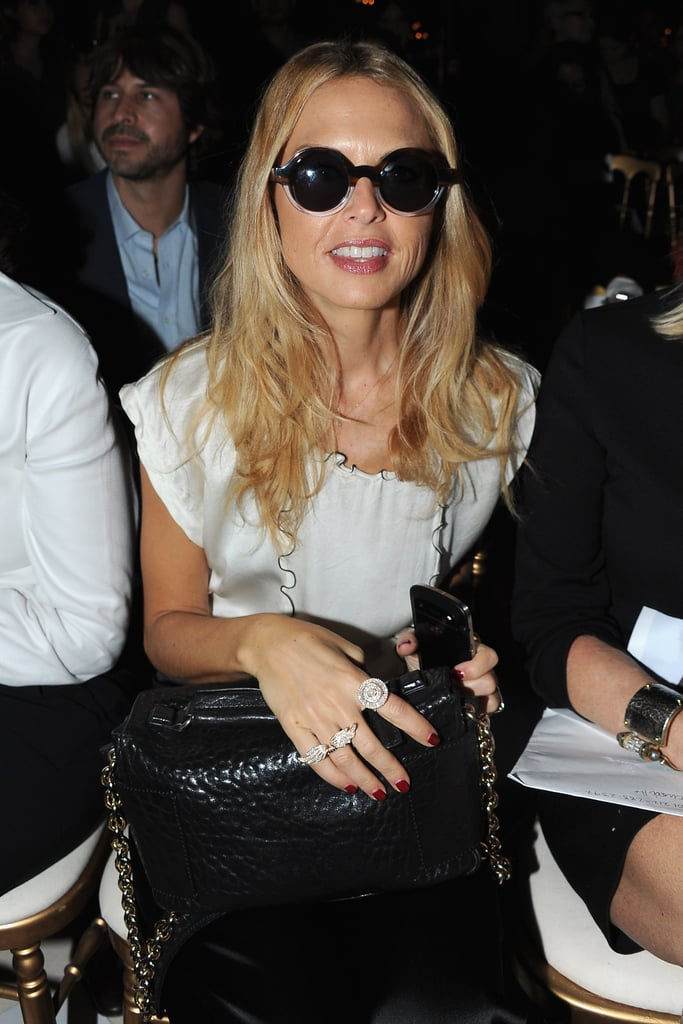Rachel Zoe wore her sunglasses inside.